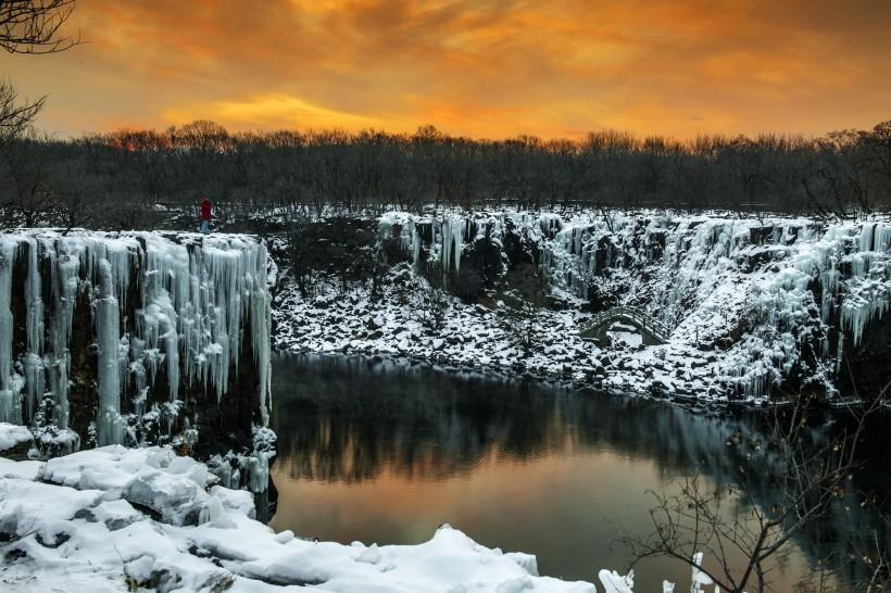 黑龙江镜泊湖冬季雪景图片 美得让人在窒息 求土豪带玩